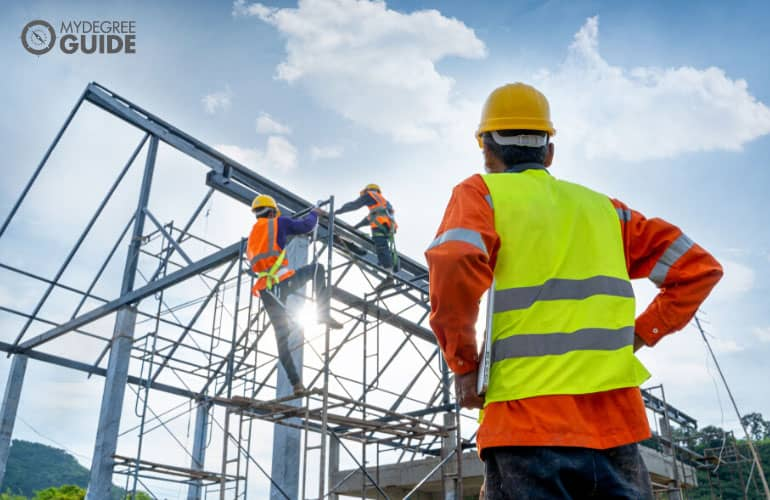 accelerated construction management degree