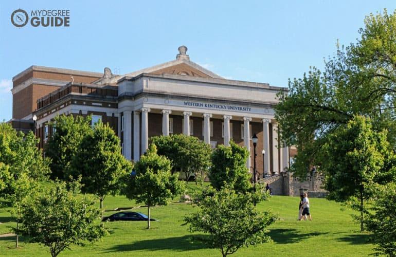 beautiful campus of Western Kentucky University
