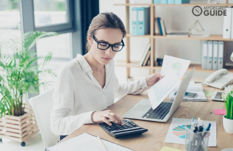female accountant working in the office