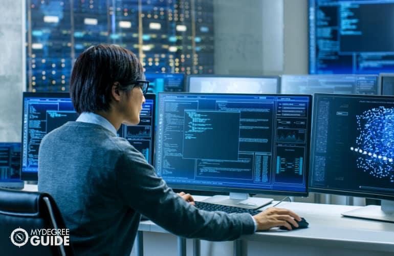 female IT specialist working in IT laboratory