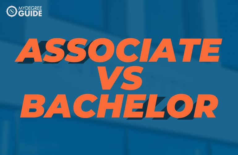 Associate Degree vs Bachelor Degree
