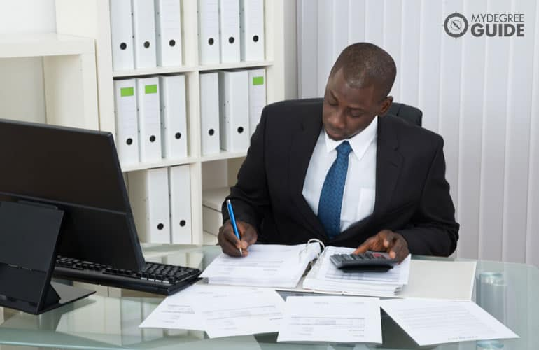 online finance degree