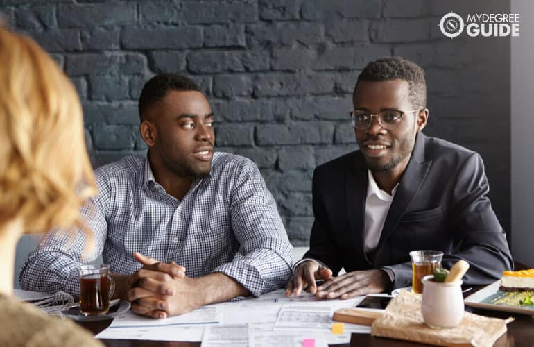 human resource managers asking questions to an applicant during job interview