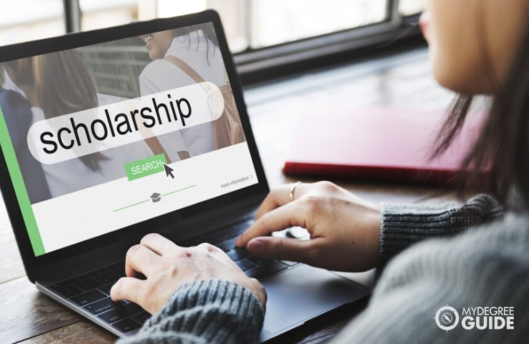 scholarship for online sociology degree