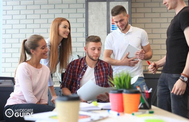 Online Associates Degree in Marketing