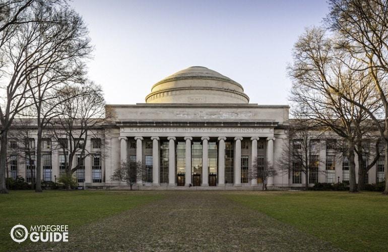 Associates Degree in Computer Programming Accreditation