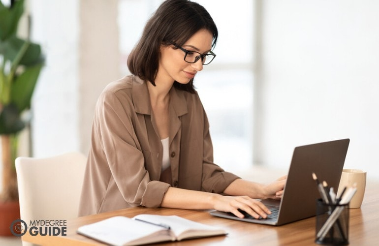 PhD in Human Resources student studying online