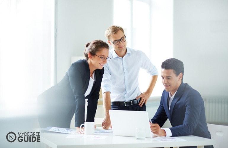 human resource managers having a meeting regarding company's employee benefits