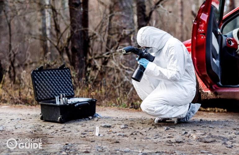 homicide detective investigating the crime scene