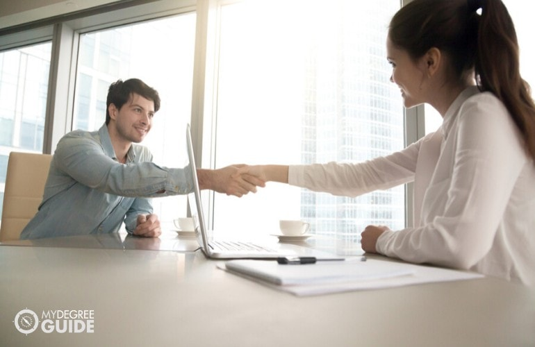 human resource manager interviewing an applicant