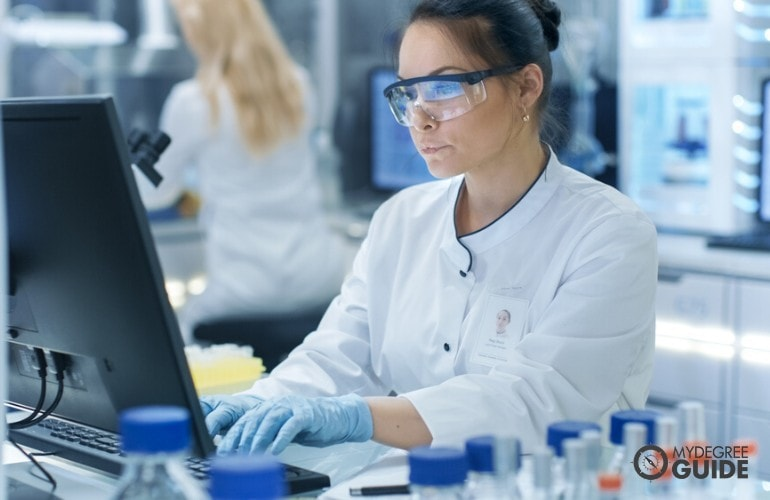 data scientist in a hospital working in a laboratory