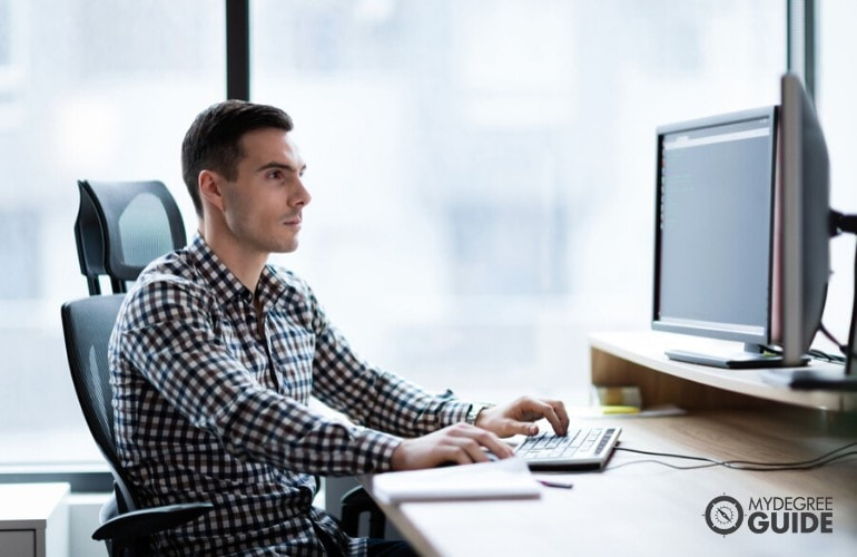 Online Computer Engineering