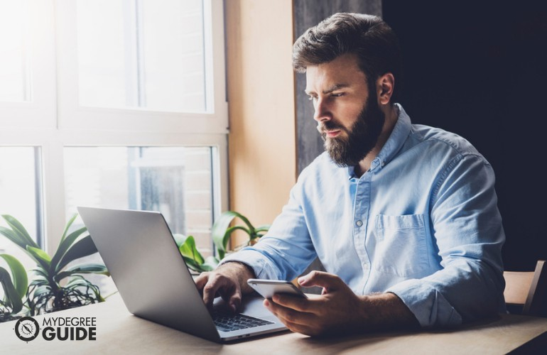 Doctorate in Business Analytics studying online