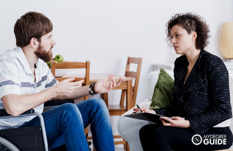What is a Forensic Psychologist