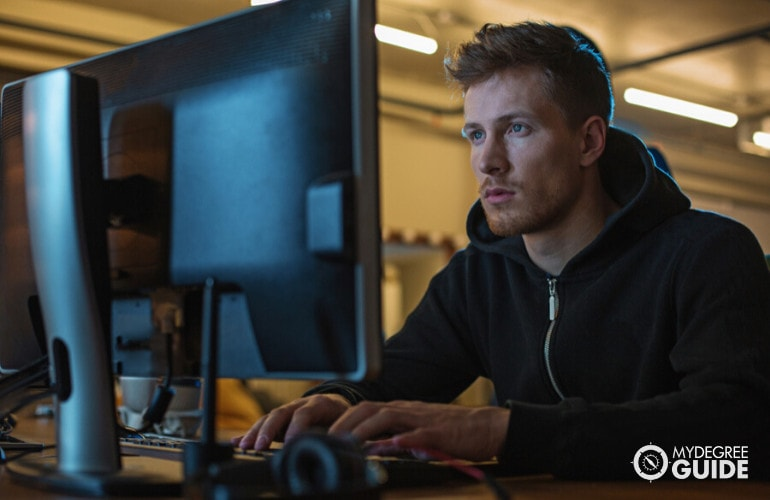computer support specialist working
