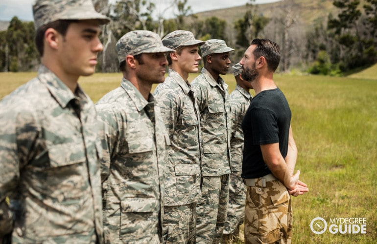 US military on training