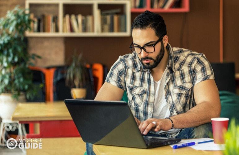 Computer Programming Associate's Degree Online