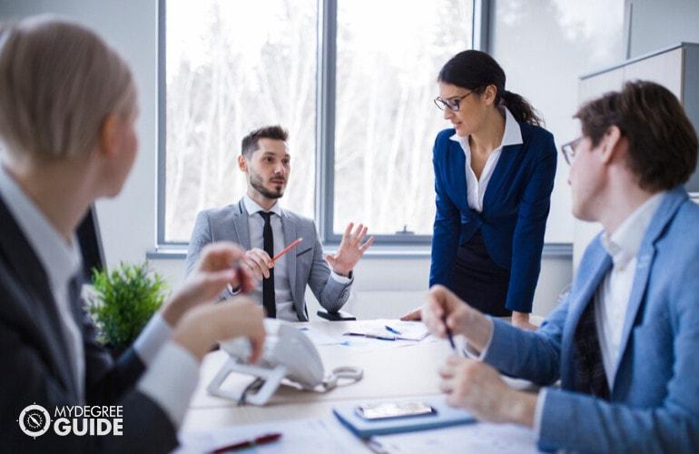 economists in meeting