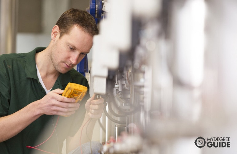 Electronics Engineering vs. Electrical Engineering