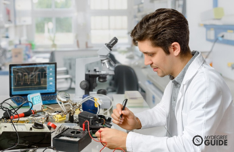Online Masters in Electrical Engineering Programs