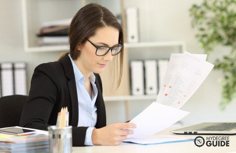 Legal Assistant vs. Legal Secretary Certifications