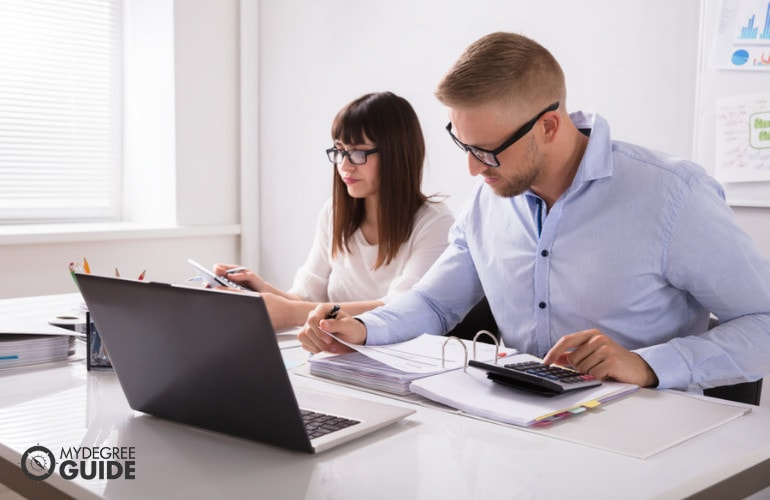 Tax Accountant careers