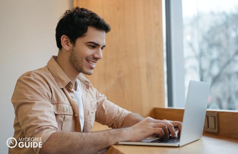 Are Online Degrees Legit