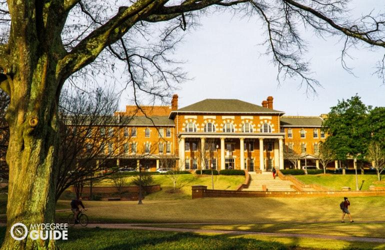 Masters in Interdisciplinary Studies Degrees accreditation