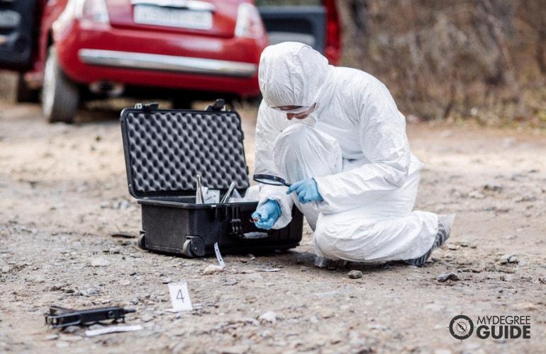 Online Crime Scene Investigator Degrees