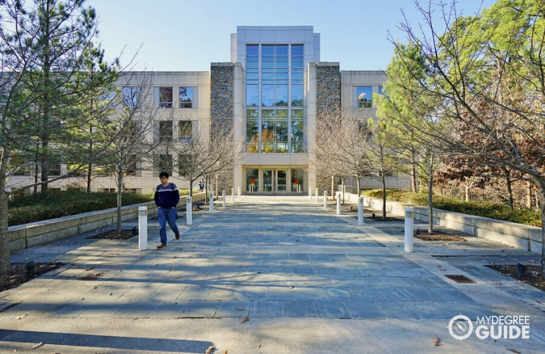 Online Interdisciplinary Studies Degrees accreditation