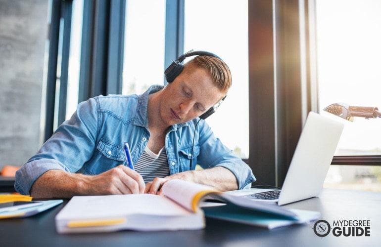 Online Criminology Degrees admissions