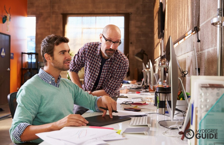 Online Graphic Design Associate Degrees