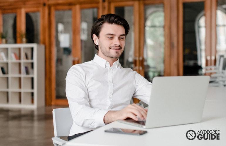 Bachelor of Philosophy Degree Online