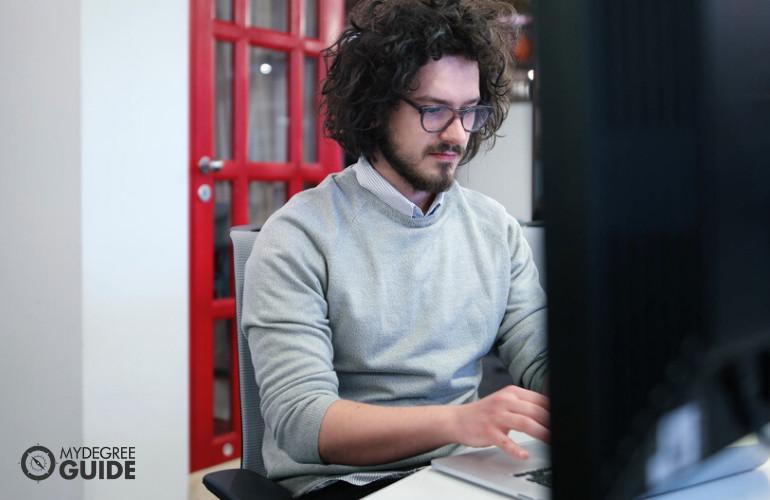 Network Administrators qualifications